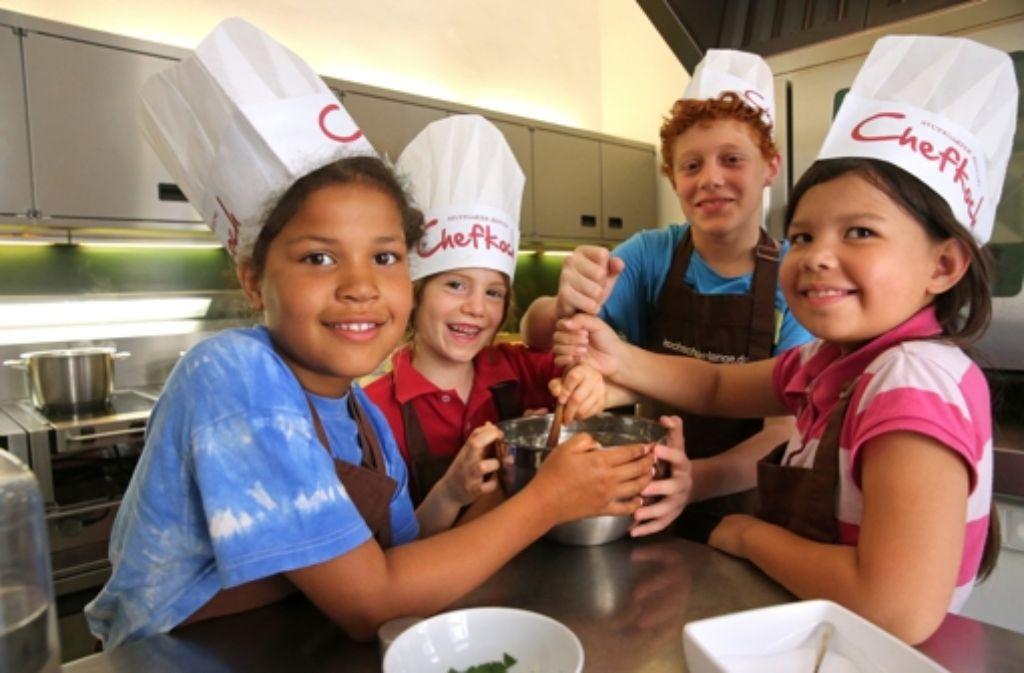 Kinder kochen ihr lieblingsessen das perfekte kinder dinner stuttgart stuttgarter zeitung - Kochen und backen mit kindern ...