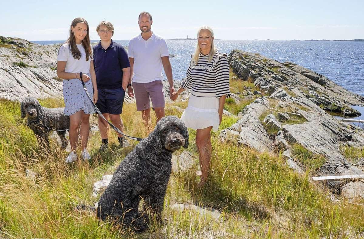 Einen schönen Ort zur Erholung hat sich die norwegische Adelsfamilie von Kronprinz Haakon ausgesucht: die Insel Dvergsøya in Norwegen. Foto: dpa/Lise Ĺserud