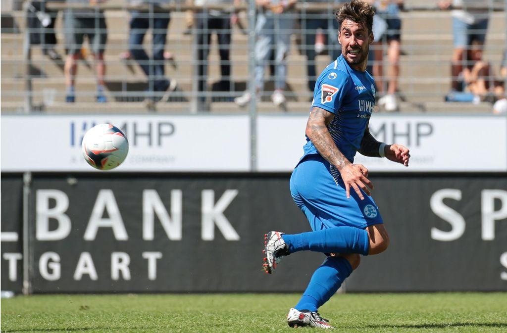Cristian Gilés plagen Adduktorenprobleme: Der Einsatz des Kickers-Stürmers in Bissingen ist unsicher. Foto: Baumann