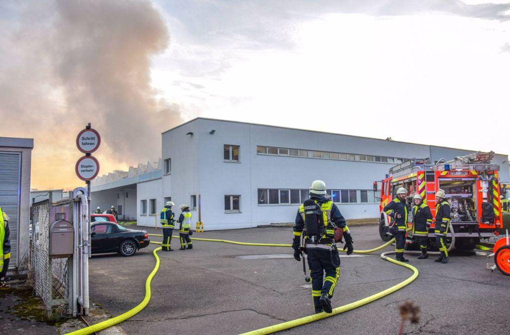 In einem Betrieb in der Tannenbergstraße in Kirchheim/Teck brach am Dienstagmorgen ein Brand aus. Foto: 7aktuell.de/Nico Schmid