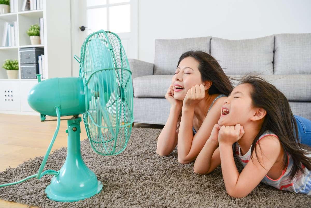 Ventilatoren sorgen für Abkühlung - aber um welchen Preis? Foto: PR Image Factory/Shutterstock