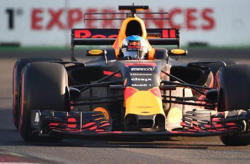 Ricciardo gewinnt, Vettel baut Vorsprung aus
