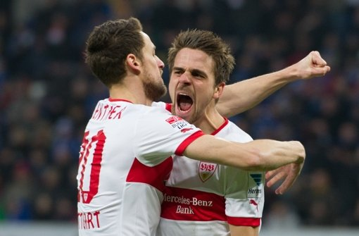 Christian Gentner (links) und Martin Harnik dürfen wieder jubeln. Foto: dpa