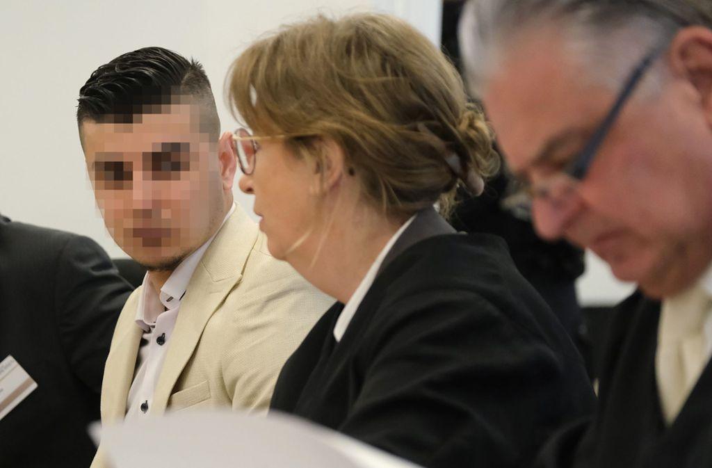 Die Verteidigung im Totschlag-Prozess gegen einen Asylbewerber aus Syrien hat Zweifel an der Unabhängigkeit des Gerichts. Foto: Getty Images Europe