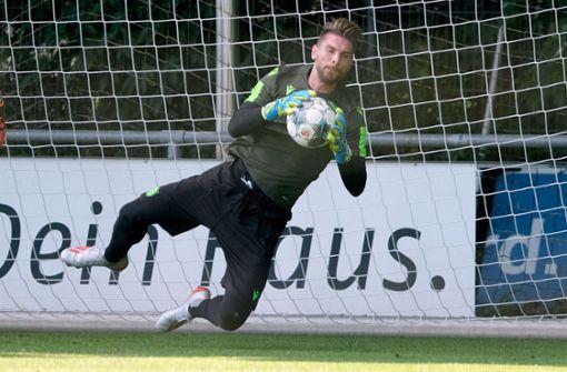 Ron-Robert Zieler sieht den VfB als Aufstiegs-Favoriten