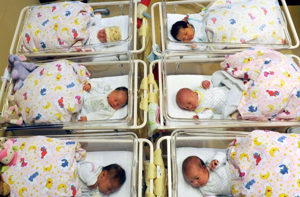 Lichtblick: 2015 sind mehr Kinder auf die Welt gekommen als in den Vorjahren. Foto: dpa-Zentralbild