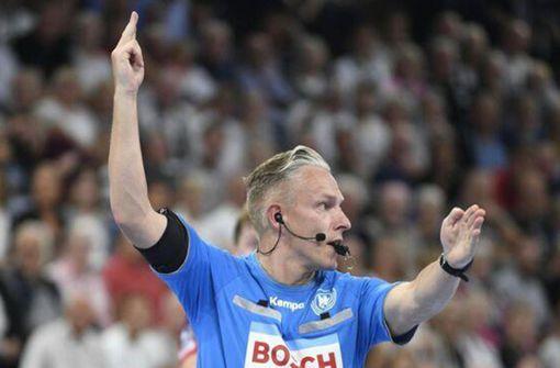 Allein an der Pfeife: Ein Handball-Schiedsrichter als Einzelkämpfer