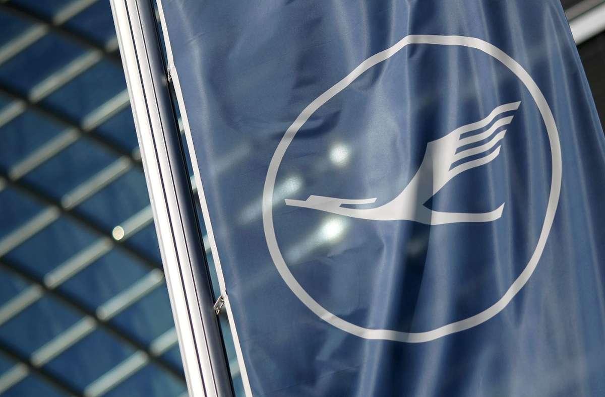 Die Tarifverhandlungen über Corona-Sparbeiträge des Bodenpersonals bei der Lufthansa sind abgebrochen worden. Foto: AFP/DANIEL ROLAND
