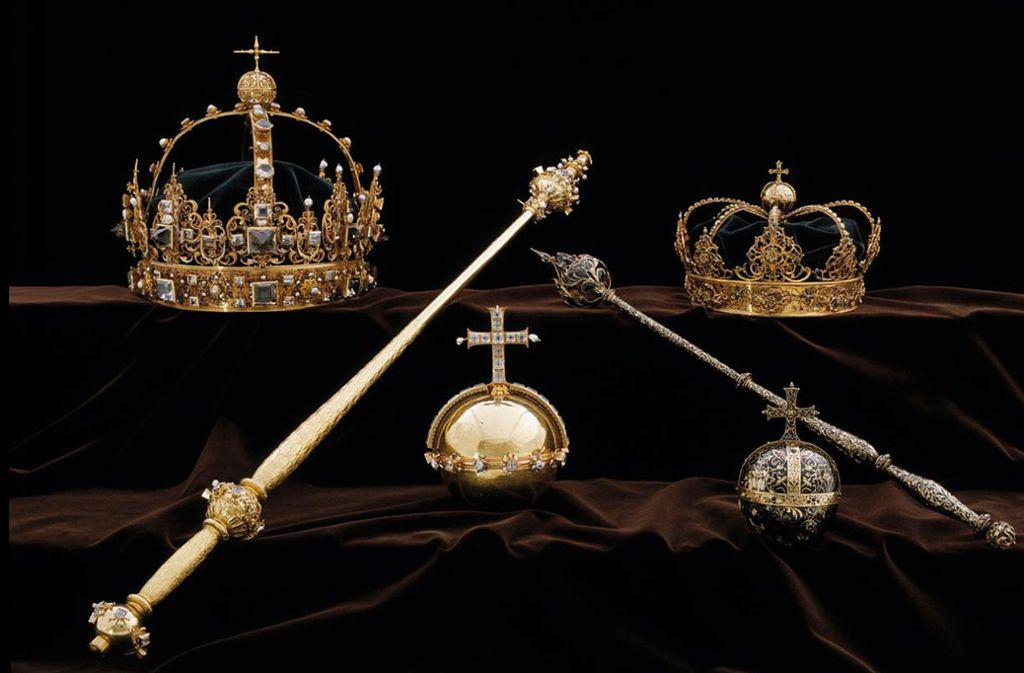 Die berühmten Kronjuwelen von König Karl IX und Königin Kristina von Schweden, die im August 2018 aus dem Dom in Strängnäs gestohlen wurden. Foto: dpa