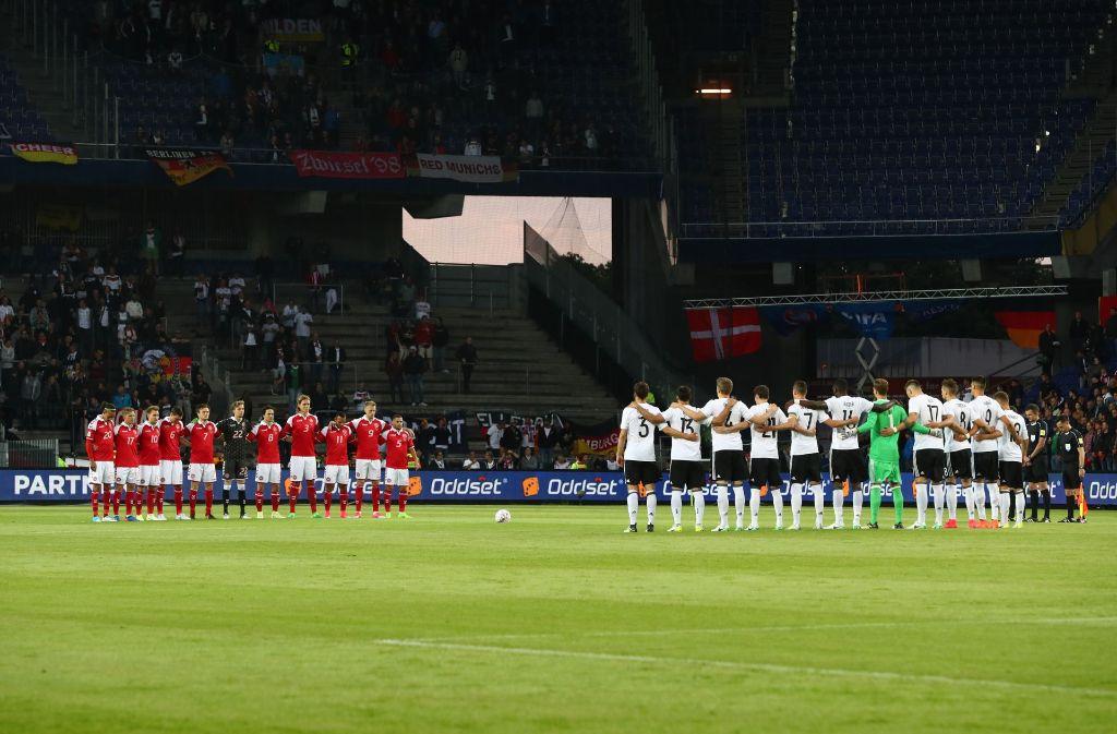 Die deutsche Nationalmannschaft wird beim Confed Cup mit Trauerflor spielen. Foto: dpa
