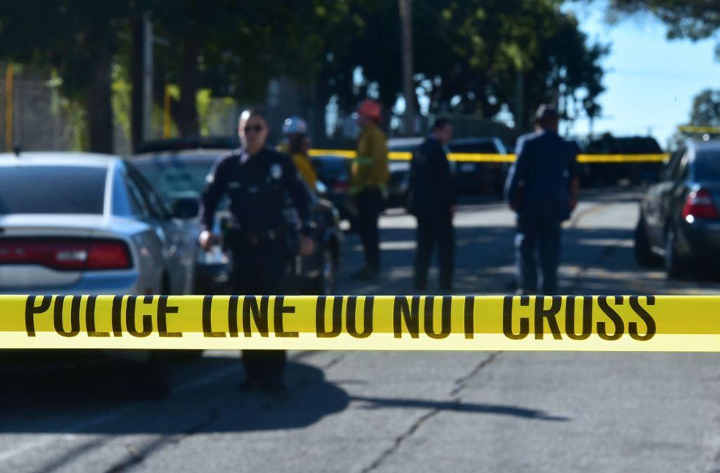 Ein 27-jähriger Lehrer wird in den USA gefeiert, weil er einen Schüler entwaffnet hat (Symbolfoto). Foto: AFP/FREDERIC J. BROWN