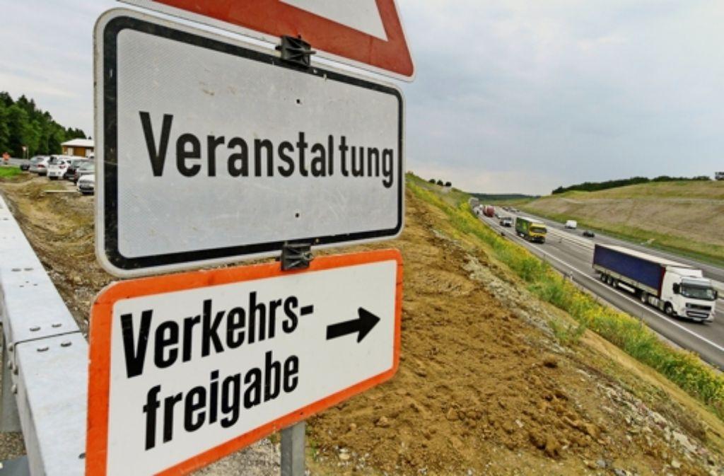 Der sechsspurige Abschnitt der A8  zwischen Karlsbad und Pforzheim-West   ist freigegeben. Foto: factum/Granville