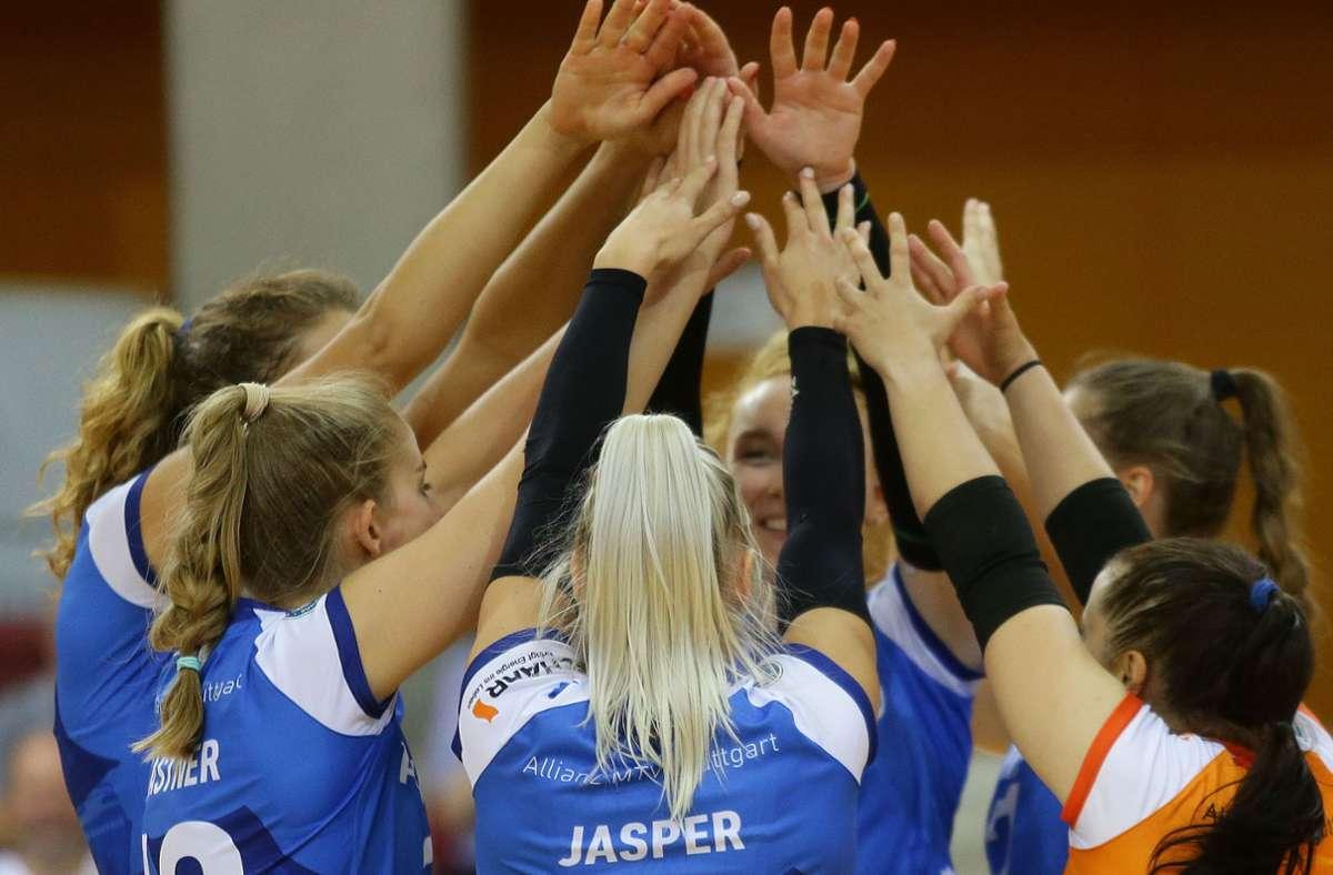 Bundesliga-Volleyballerinnen von Allianz MTV Stuttgart: In der Corona-Krise ist der Zusammenhalt besonders wichtig. Foto: Baumann
