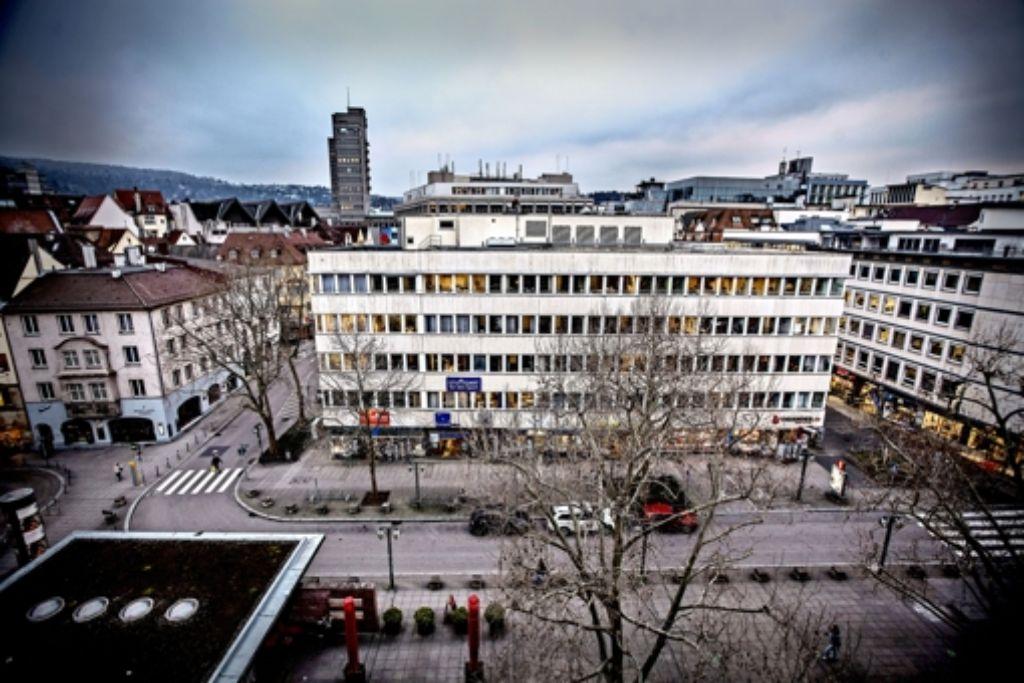 Der  Hausblock an der Nadlerstraße war schon einmal im Angebot. Damals sollte er noch  9,2Millionen Euro kosten. Foto: Lichtgut/Leif Piechowski