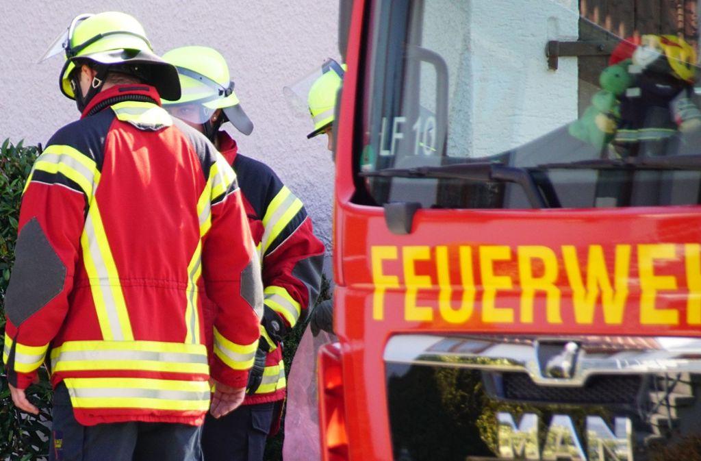 Die Feuerwehr im Kreis Biberach konnte die Holzscheune nicht mehr retten (Symbolfoto). Foto: SDMG/Boehmler