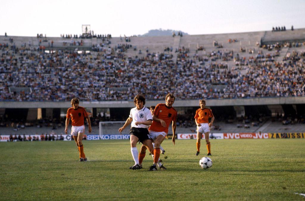Lothar Matthäus bei seinem Debüt im DFB-Dress gegen die Niederlande im Jahr 1980. Foto: imago/Sportfoto Rudel/imago sportfotodienst
