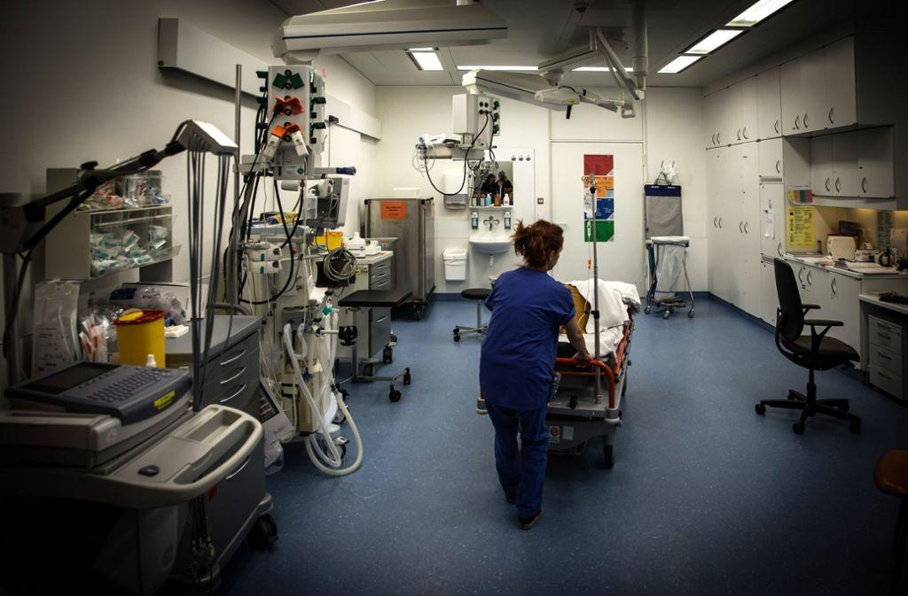 Der Schockraum des Marienhospitals. Hier werden Patienten beispielsweise nach Unfällen erstversorgt. Foto: lichtgut/Achim Zweygarth