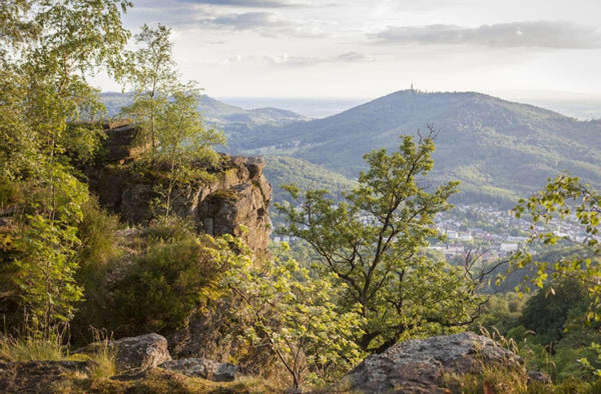 Der Panoramaweg, hier ein Blick vom Battert, gilt als schönste Mehrtagestour.  Foto: Baden-Baden Kur und Tourismus