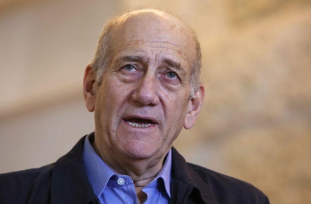 Der ehemalige israelische Ministerpräsident Ehud Olmert tritt  seine 18-monatige Haftstrafe wegen Korruption an. Foto: dpa
