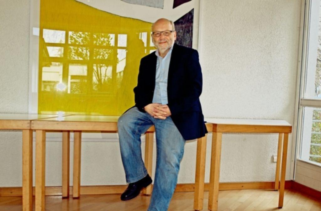 Wolfgang Berner-Föhl wirkt wenige Tage vor seinem Abschiedsgottesdienst gelassen. Er freut darauf, sich im Ruhestand neu ausprobieren zu können. Foto: Cedric Rehman