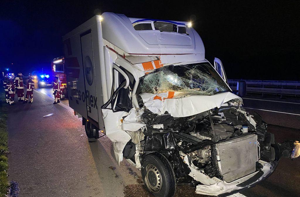 Der Fahrer des Sprinters hatte einen Schutzengel – er wurde nur leicht verletzt. Foto: 7aktuell.de/Alexander Hald