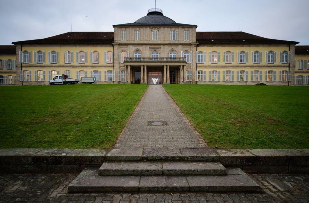 Mehr als 9000 Frauen und Männer studieren an der Universität Hohenheim. Foto: dpa/Sina Schuldt