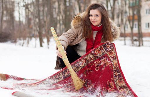 Vorschaubild zum Artikel Teppich im Schnee reinigen