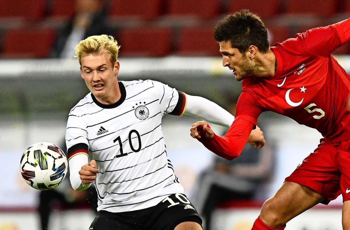 Durchwachsener Auftritt gegen Tschechien: Julian Brandt (links) Foto: AP/Martin Meissner
