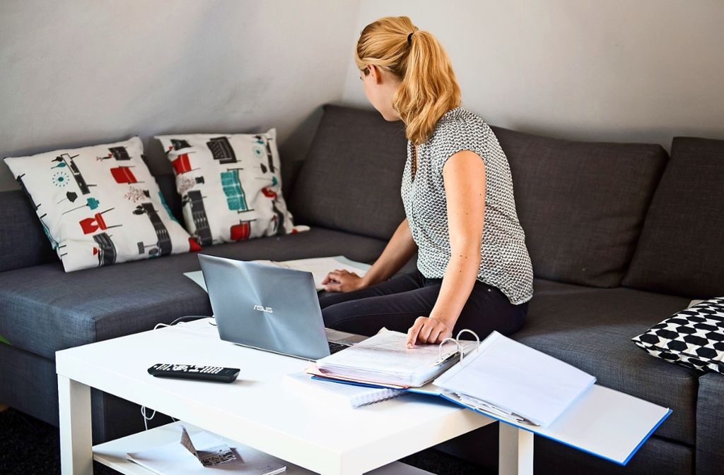 Viele Menschen müssen derzeit von zu Hause aus arbeiten. Foto: dpa/Daniel Naupold