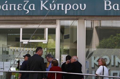 Zyperns Banken sind wieder geöffnet