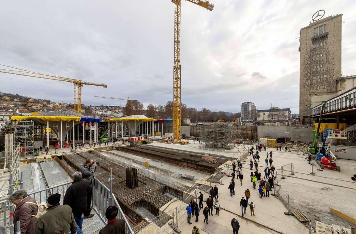 Seit fünf Jahren können sich Interessierte die S21-Baustelle genauer ansehen. Foto: imago images/Arnulf Hettrich