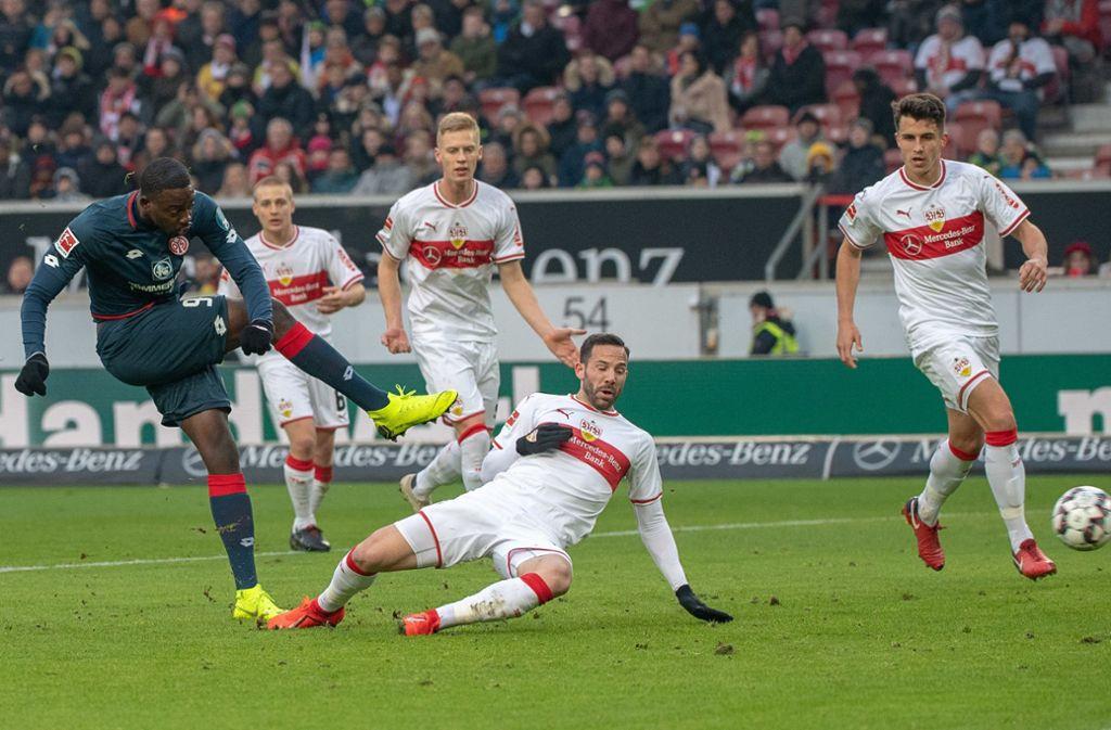 Die Spieler des VfB Stuttgart kamen im Spiel gegen den 1. FSV Mainz 05 häufig einen Schritt zu spät. Unsere Redaktion hat die Leistungen der VfB-Akteure wie folgt bewertet. Foto: dpa