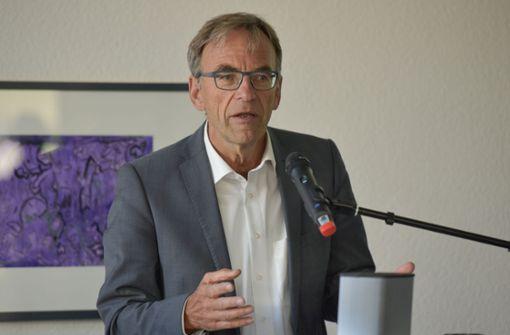 Welche Pensionsansprüche hat Werner Wölfle?