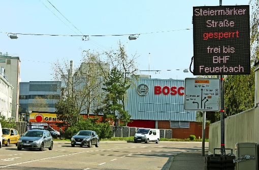 LED-Tafel gibt Fahrern aktuelle Informationen