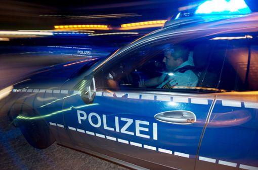 17-Jähriger ohne Führerschein lässt Motor neben Polizei aufheulen