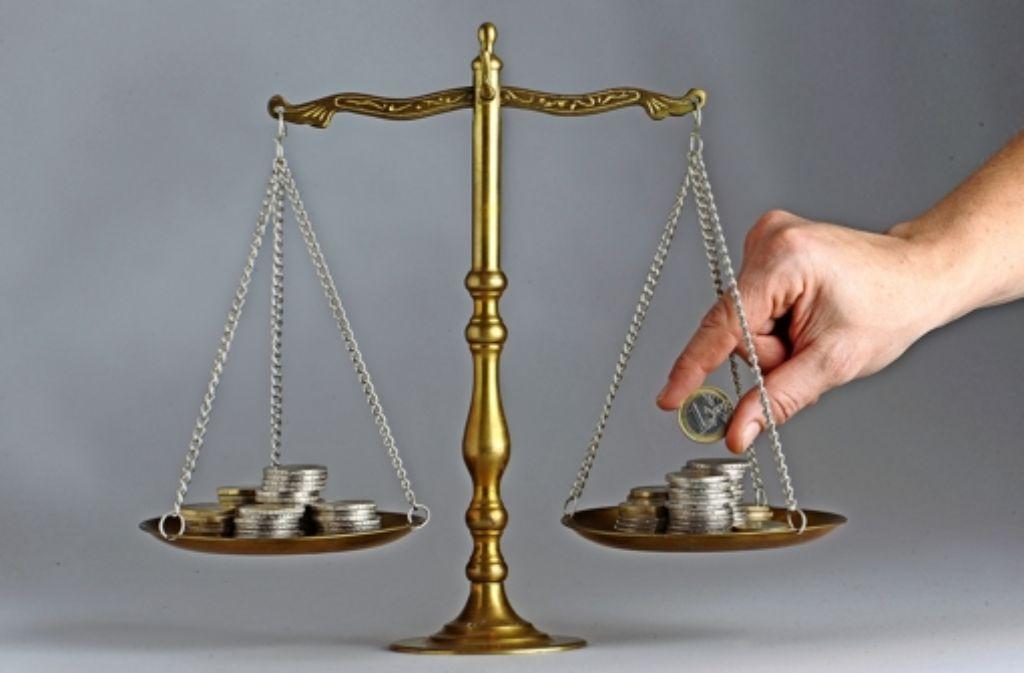 Vier Länder haben im vergangenen Jahr   gezahlt, zwölf haben Geld bekommen. Das Ergebnis: eine neue Rekordsumme beim Länderfinanzausgleich. Foto: dpa