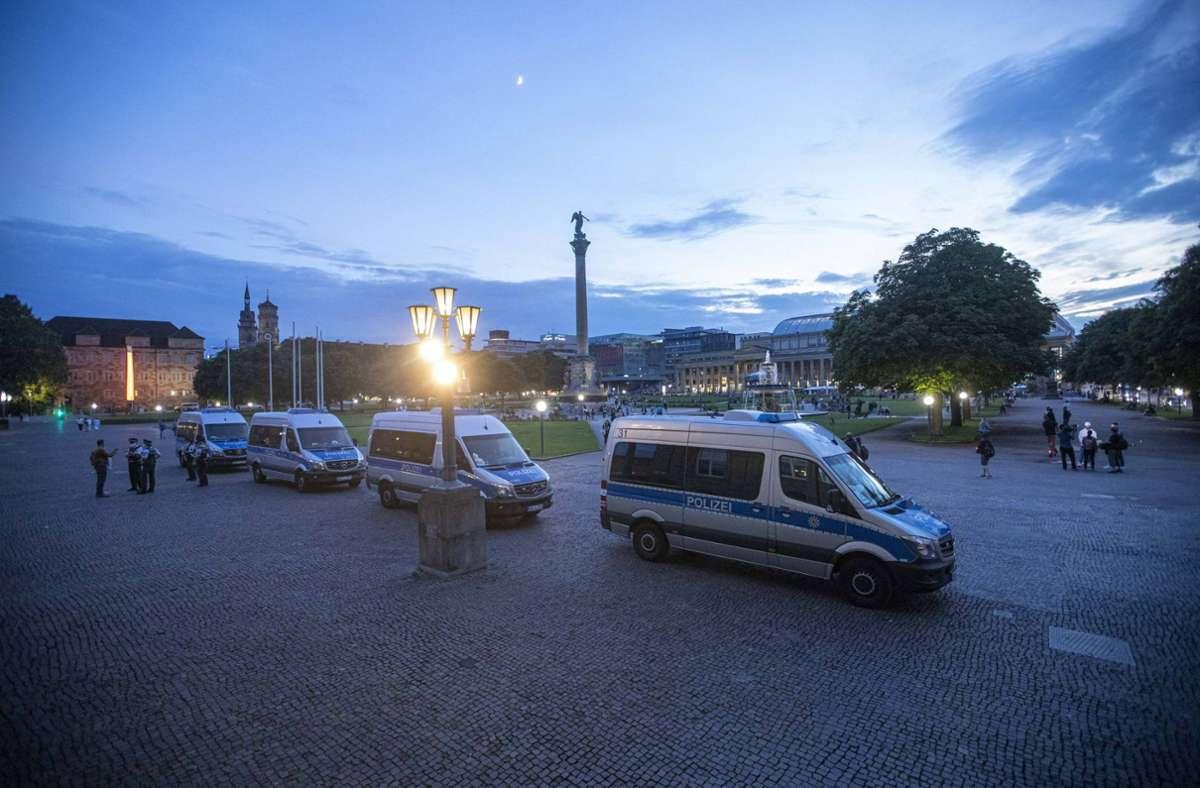 Auch in der Nacht zum Sonntag wird die Polizei wieder mit starken Kräften in der Stuttgarter City sein. (Archivbild) Foto: 7aktuell.de/Simon Adomat