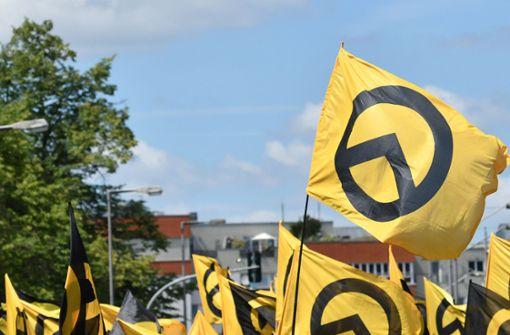 Staatsschutz ermittelt nach Symbolen der Identitären bei Faschingsumzug