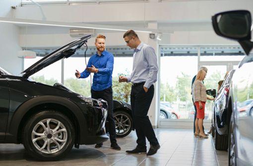 Das Geschäftsmodell der Autohäuser wackelt