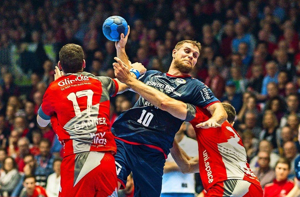 """Seine sechs Tore  konnten die  Niederlage bei der MT Melsungen nicht verhindern: SG-Neuzugang Michael """"Mimi"""" Kraus. Foto: Baumann"""