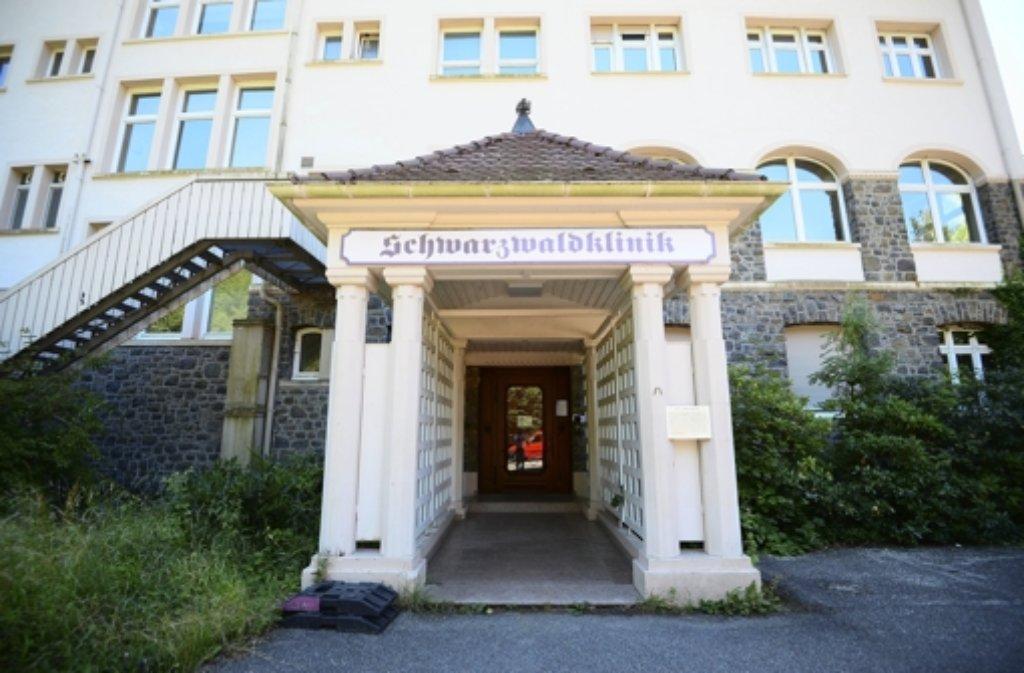 Die Schwarzwaldklinik war die erfolgreichste deutsche Serie in den 1980er Jahren. Bis zu 28 Millionen Zuschauer saßen in Deutschland pro Folge vor den Bildschirmen. Auch international war die Serie ein Renner: Sie wurde in 43 Ländern ausgestrahlt. Foto: dpa