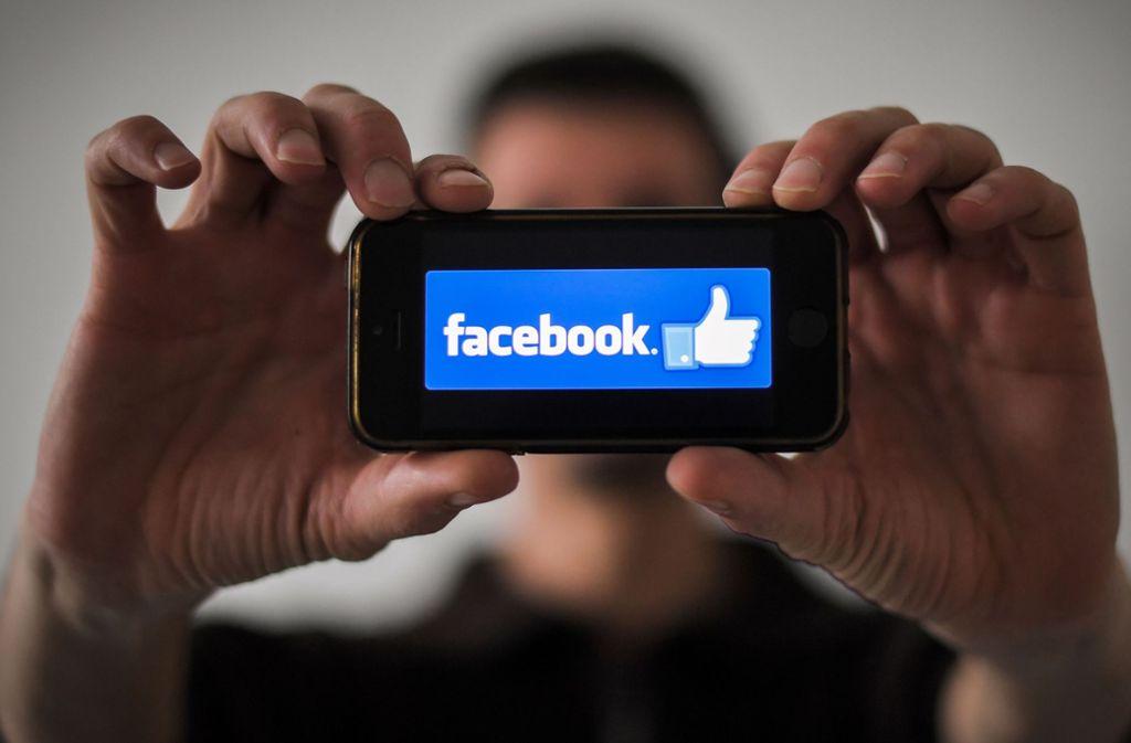 Das Kartellamt untersagte Facebook auch, die auf fremden Websites gesammelten Daten mit Informationen zusammenzuführen, die bei den Nutzern auf der Plattform des Online-Netzwerks selbst gesammelt wurden. Foto: AFP