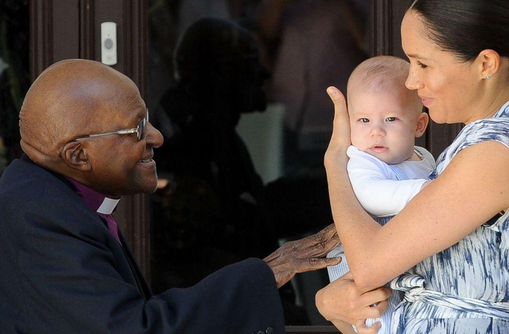 """Am Mittwoch kam Archies großer Auftritt - beim """"Arch"""", wie der Friedensnobelpreisträger und frühere Erzbischof (englisch: Arch Bishop) Desmond Tutu allgemein genannt wird. Foto: AFP/HENK KRUGER"""