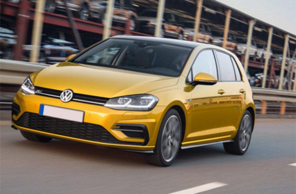 Der neue Golf ist bald auch in der Farbe Kurkumagelb bestellbar. VW hat seinem Bestseller zahlreiche innovative Technologien verpasst. Foto: Hersteller