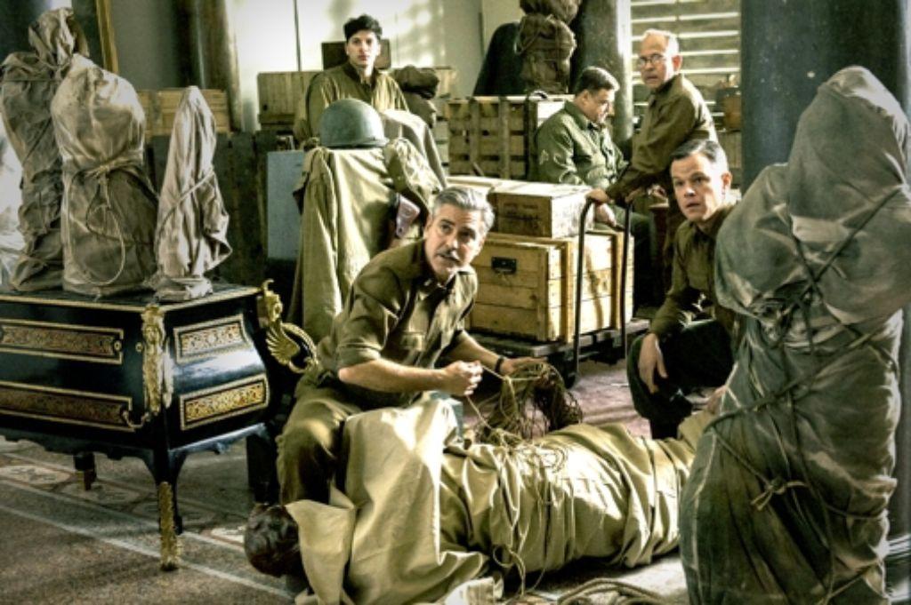 """Auch Szenen des  Films """"Monuments Men""""  von und mit George Clooney (links) und Matt Damon(rechts) wurden  in Babelsberg gedreht. Foto: dpa"""