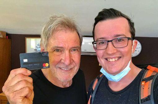 Stuttgarter findet Kreditkarte von Harrison Ford am Strand