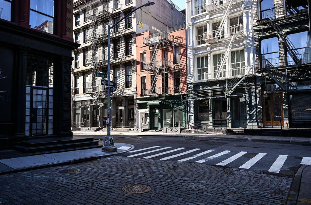 Menschenleere Straßen in New York: Seit Wochen herrscht in der Millionenmetropole eine strenge Ausgangsbeschränkung. Foto: imago images/ZUMA Wire/Kat Gawin