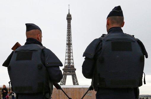 Auch die Fan-Zone am Eiffelturm bleibt