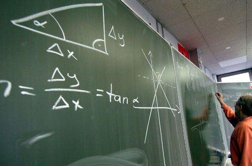 Lehrerverband fordert bis zu 300 neue Stellen