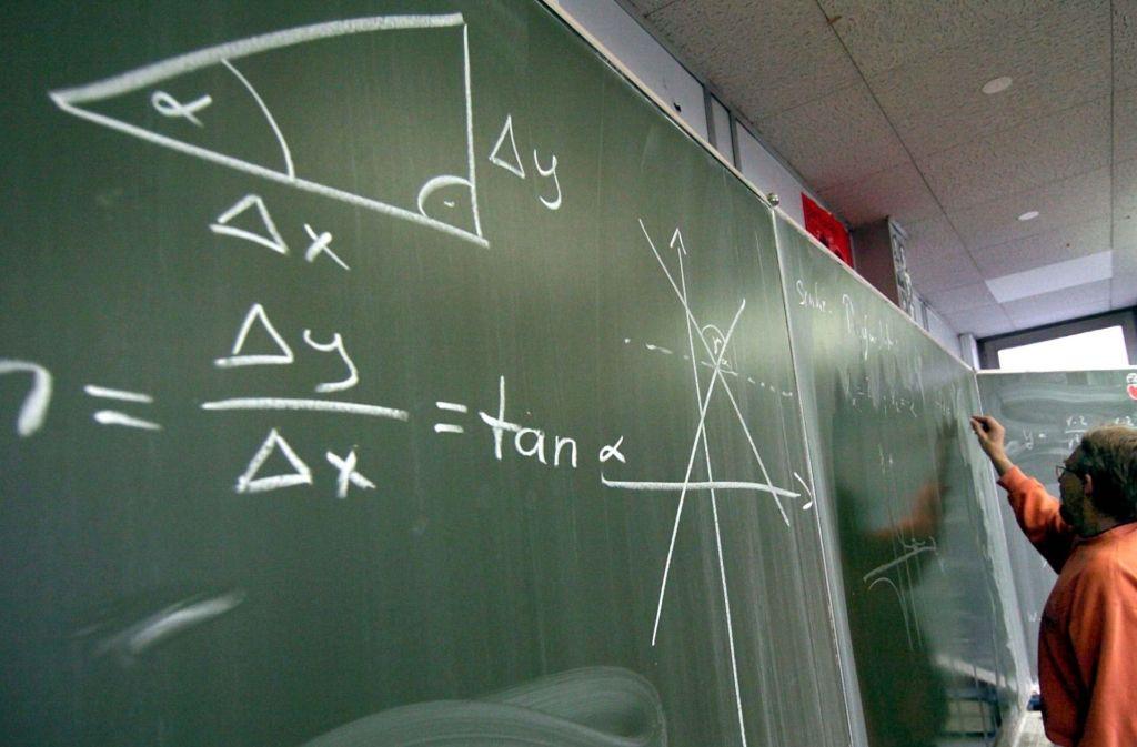 Mathematik ist eines der Fächer, das von der reformierten Oberstufe profitieren soll. Foto: dpa